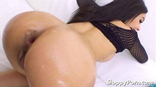 Wet anal with Aaliyah Hadid